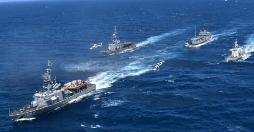 Ecuadorian Navy Monitors Fishing Fleet ApproachingGalápagos